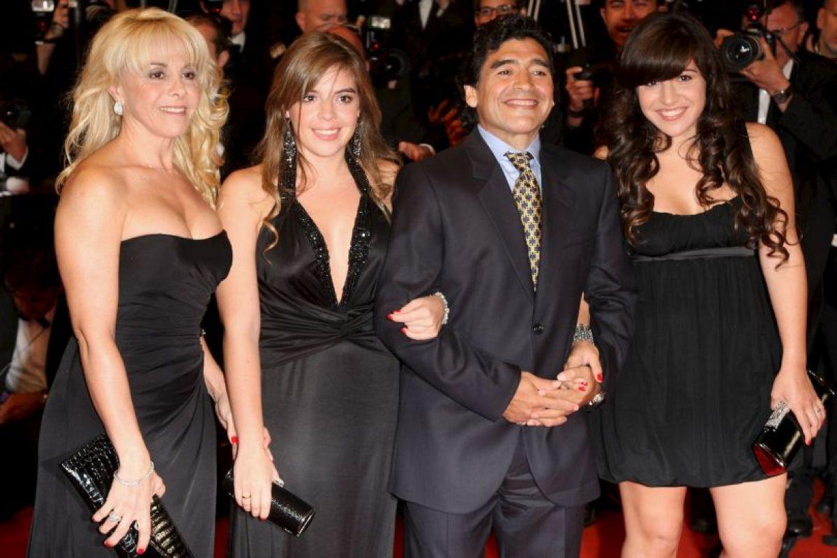 La familia de Diego Armando Maradona está en medio de un nuevo escándalo. Foto:Getty Images. Imagen Por: