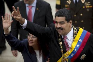 Opositores del gobierno venezolano pidieron observadores internacionales para las elecciones del 6 de diciembre. Foto:AP. Imagen Por: