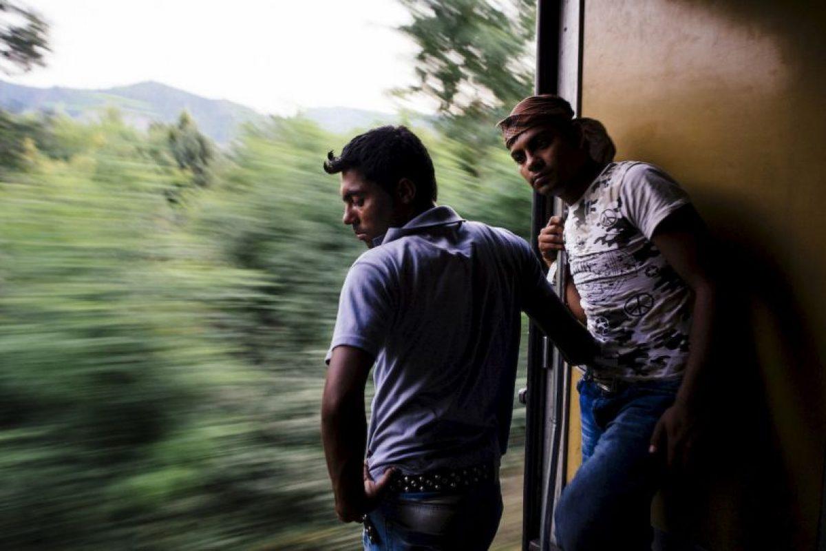 Migrantes en la frontera con Serbia. Foto:AFP. Imagen Por: