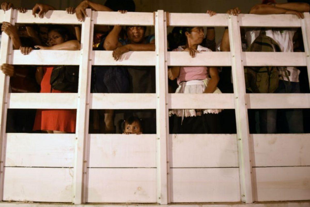 Aunque las Policía aseguró proteger a los transportistas estos prefirieron no trabajar. Foto:AFP. Imagen Por: