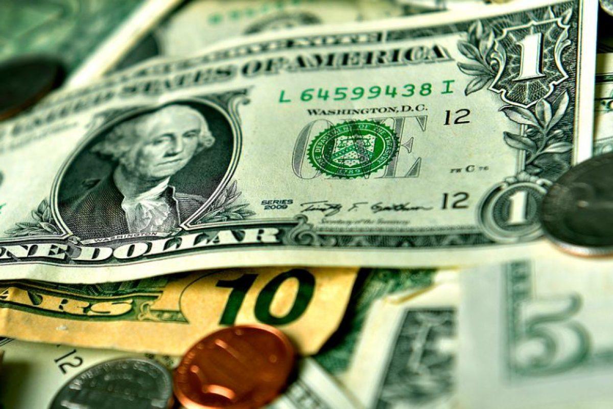 Respuesta: a) Aumentó, superando la barrera de los $670 este viernes Foto:Agencia Uno. Imagen Por:
