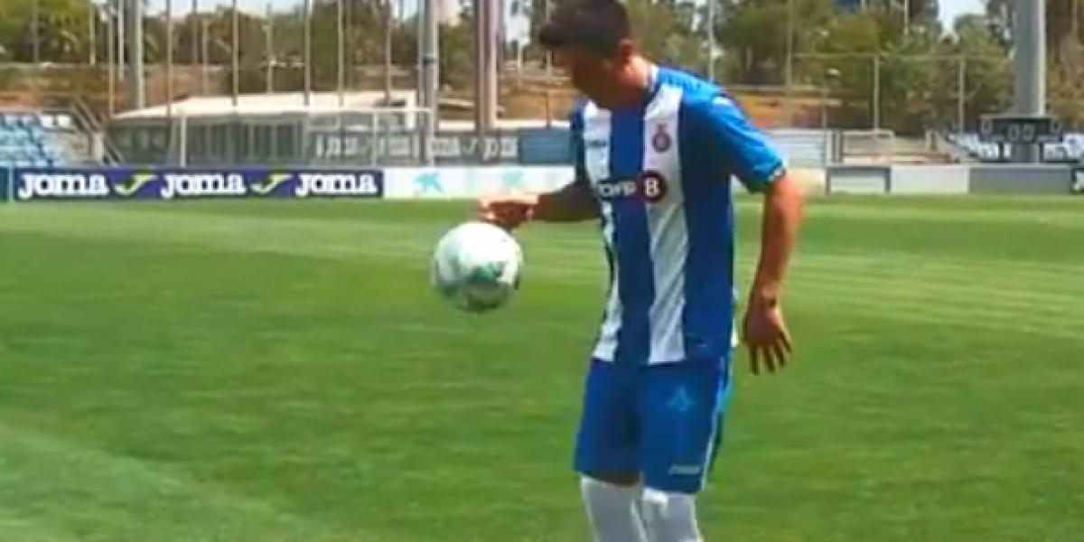 Entre gritos de apoyo y lujitos: así fue la presentación de Enzo Roco en Espanyol