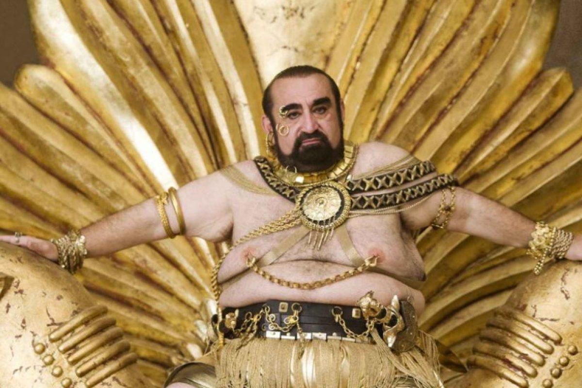 """Ken Davitian, como el rey Jerjes en """"Casi 300"""". Foto:vía 20th Century Fox. Imagen Por:"""