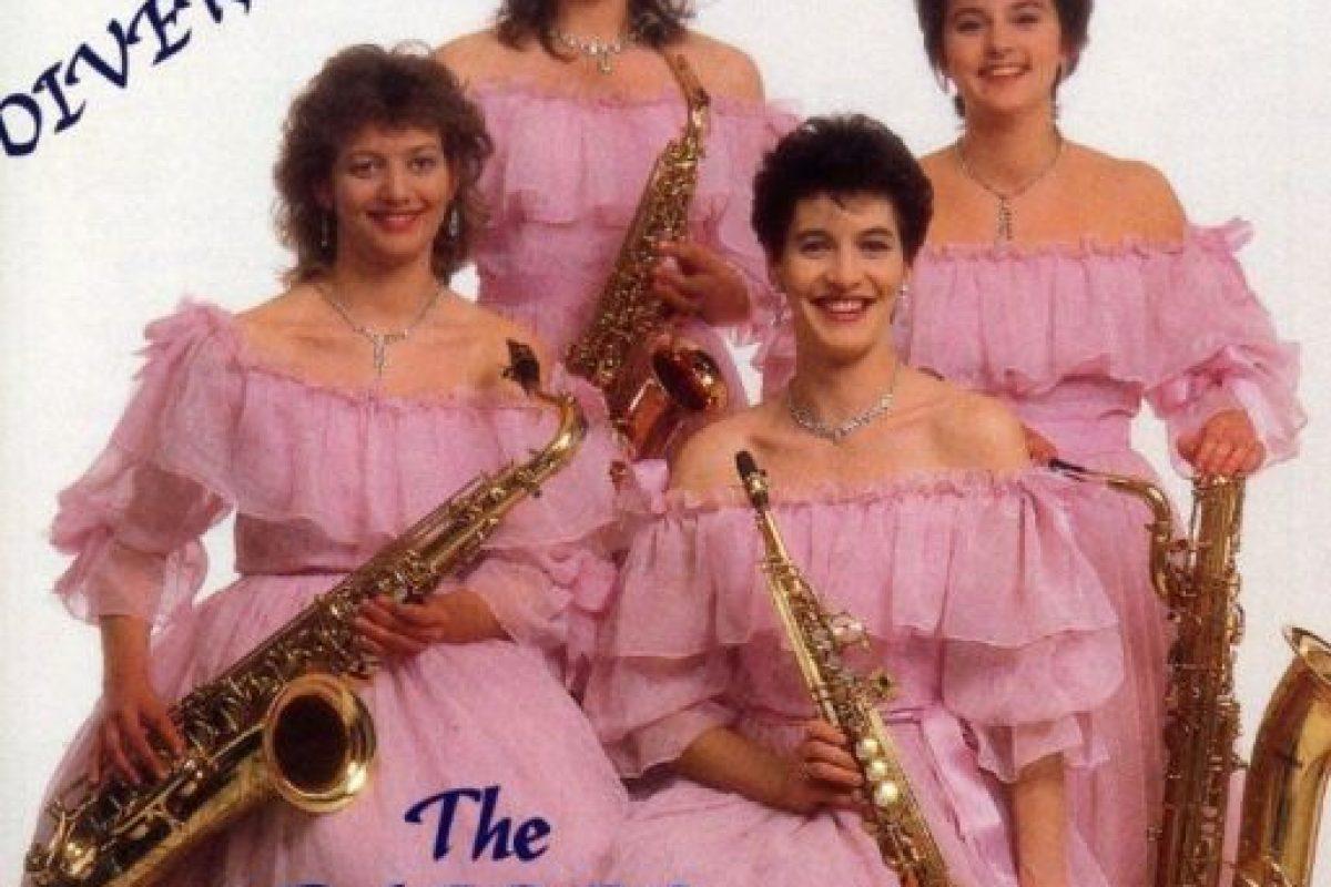 "1. La música de ""The Fairer Sax"" está disponible en iTunes, aunque no lo crean. Foto:Pinterest. Imagen Por:"