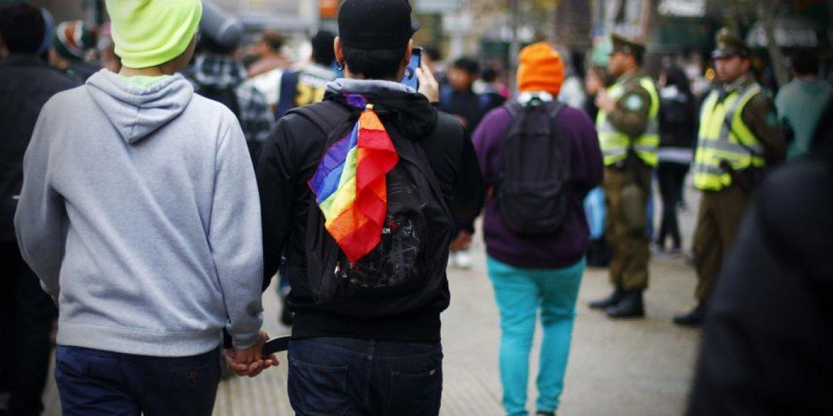 Parejas homosexuales podrán inscribirse en lista de novios de multitiendas