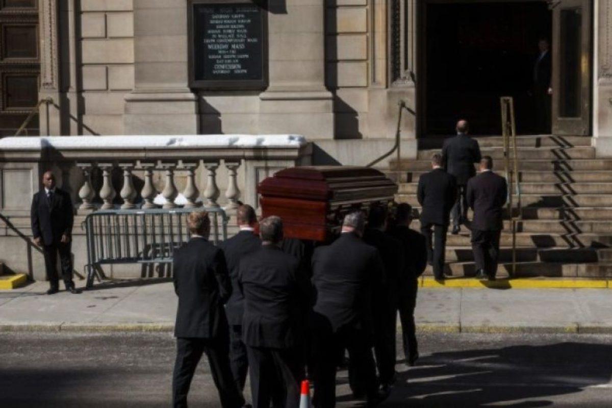 Un médico en Alemania es investigado después de declarar la muerte de una mujer, la cual despertó gritando en su funeral. Foto:Getty Images. Imagen Por: