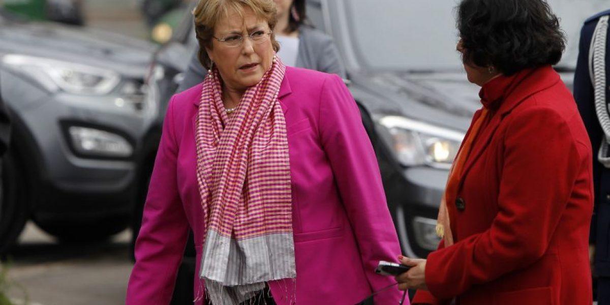 Bachelet vuela rumbo al norte para revisar daños tras sistema frontal