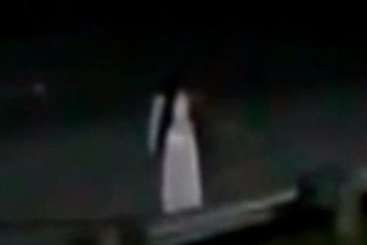 """3. """"La Llorona"""": supuestamente se aparece en parajes rurales y carreteras. Foto:vía Youtube. Imagen Por:"""