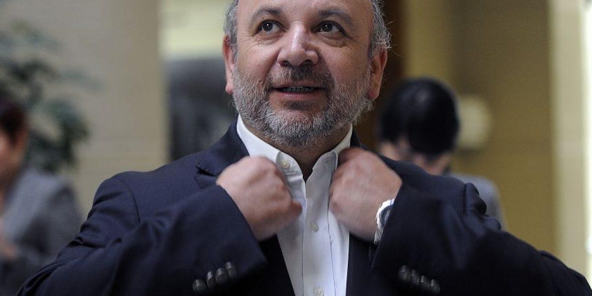 Diputado Castro pide acelerar envió del proyecto de reforma a Isapres