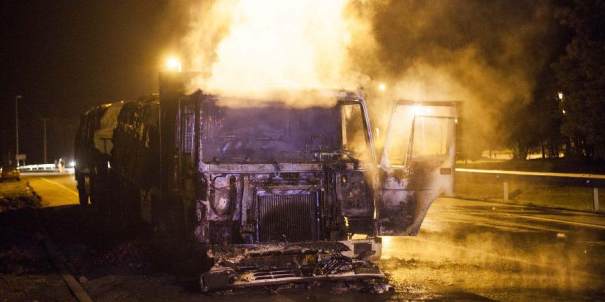 Ataque incendiario en Collipulli deja dos camiones dañados