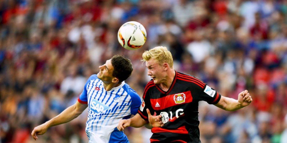 Bayer Leverkusen con Aránguiz en el banco festejó en la Bundesliga