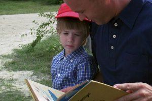 En la película, Forrest hacía todo esto con su hijo. Foto:vía Paramount Pictures. Imagen Por: