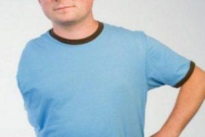 En 2008, al inglés Tom Lemm le amputaron el brazo por un tumor. Los médicos utilizaron el codo amputado para reconstruirle el hombro y que pudiera usar una prótesis Foto:Vía BBC. Imagen Por: