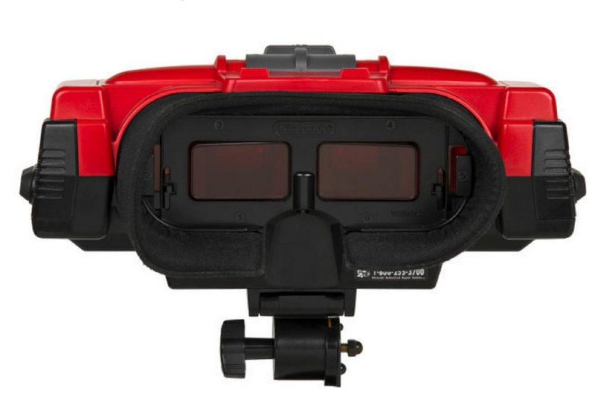 """Cuando se estrenó, algunos usuarios presentaron problemas de visión serios. El primer acercamiento a la realidad virtual de la empresa japonesa no duró en el gusto de los """"gamers"""" Foto:Nintendo. Imagen Por:"""
