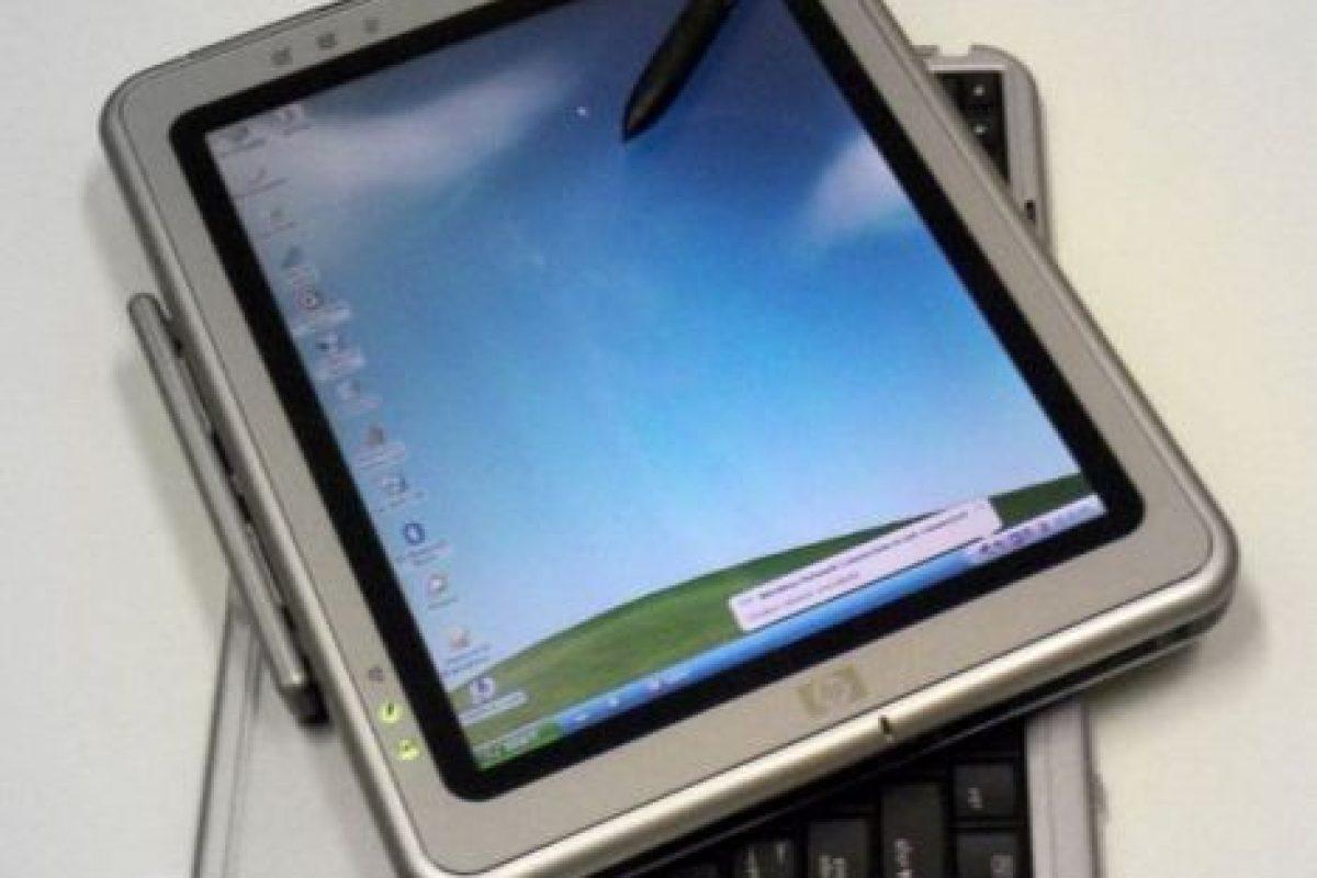 Todos los fallos y críticas del Windows en una presentación portátil. Quizás lo único bueno es que es el antecedente inmediato de las actuales Surface de Microsoft que sí son funcionales Foto:Microsoft. Imagen Por: