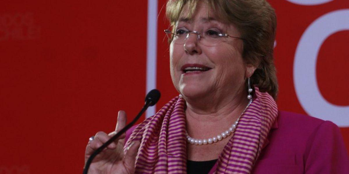Cadem: Aprobación a Bachelet sube a 25% tras tocar su nivel más bajo