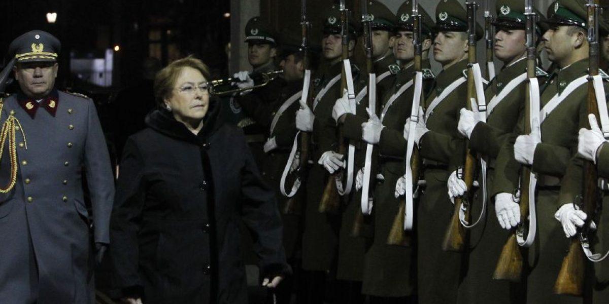 Bachelet promulga ley que suma 577 funcionarios al Ministerio Público