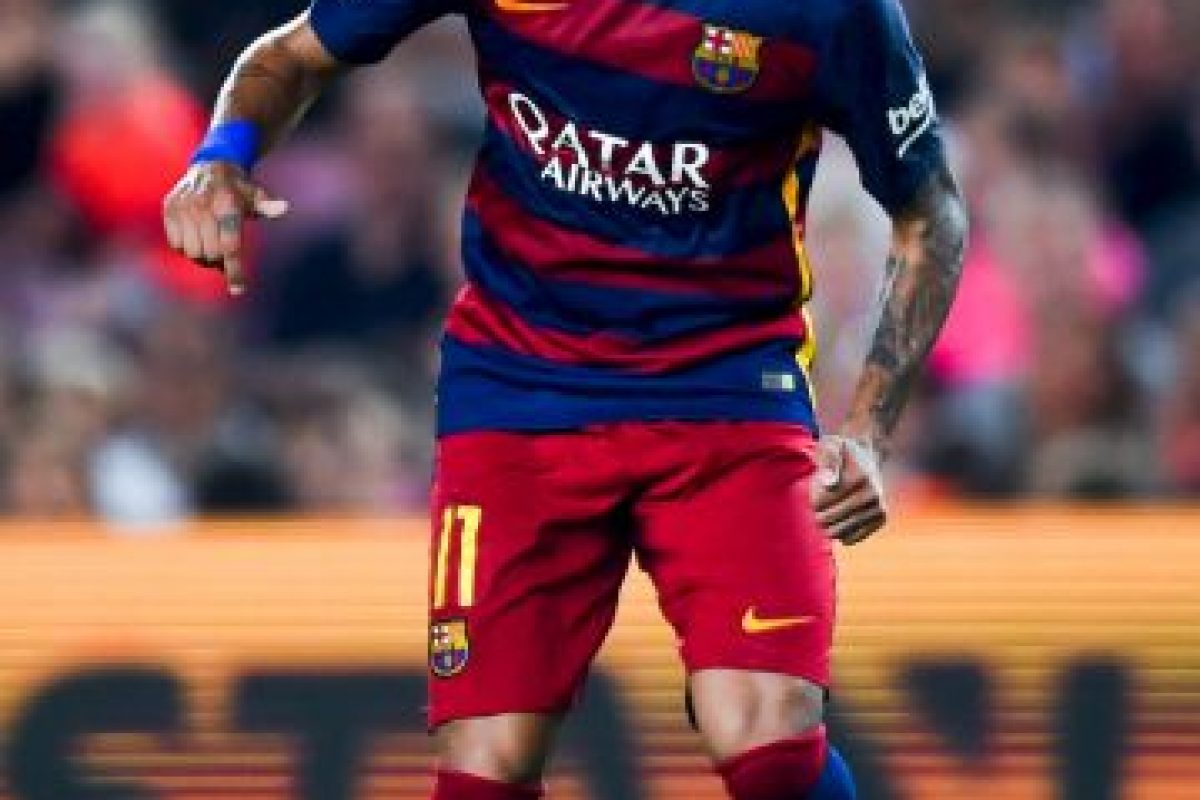 El crack brasileño tuvo una campaña de ensueño junto con sus compañeros en el Barça, Lionel Messi y Luis Suárez, ahora demostrará que sigue siendo el dueño del lado izquierdo en toda la liga de España. Foto:Getty Images. Imagen Por:
