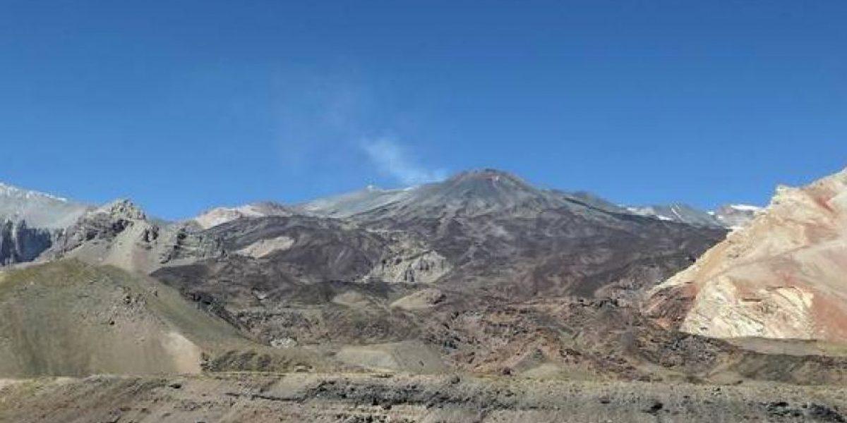 Sernageomin monitorea volcán de la Región Metropolitana tras sismo