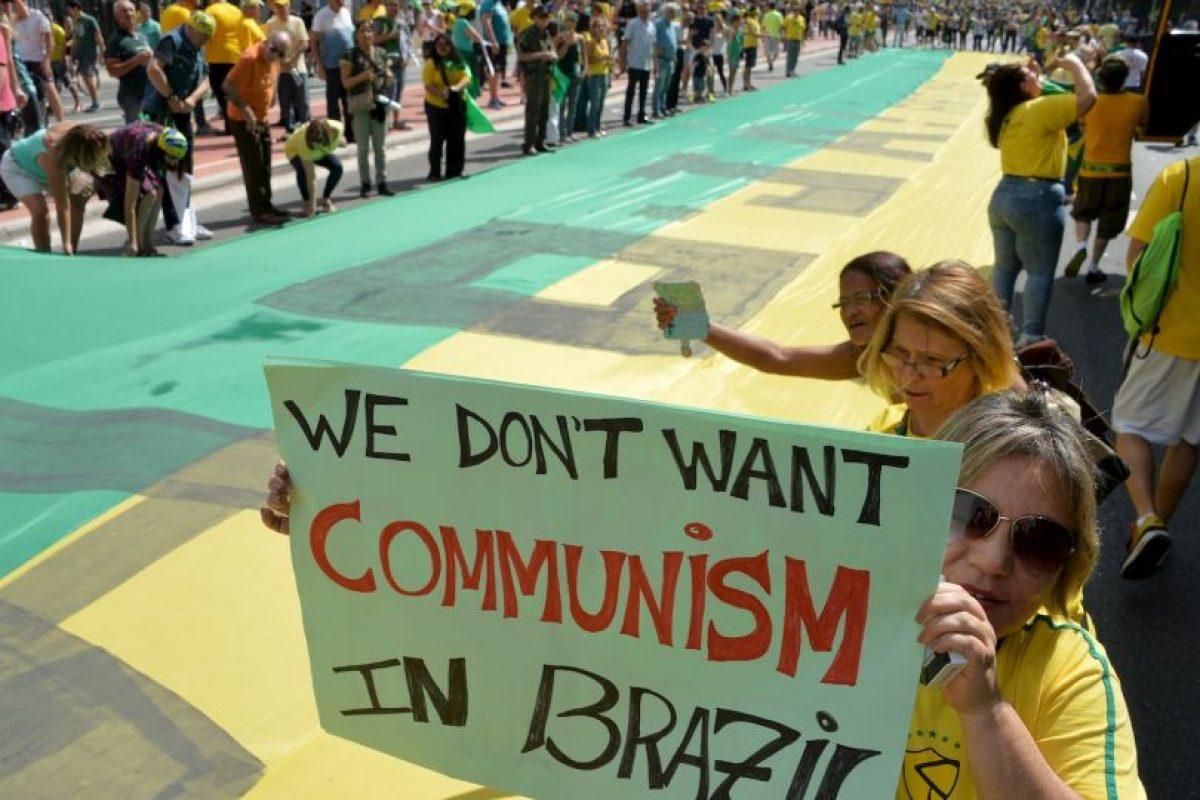 Hubo cerca de 870 mil manifestantes en todo el país Foto:AFP. Imagen Por: