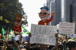 En Brasilia se reunieron 25 mil pesonas Foto:AFP. Imagen Por: