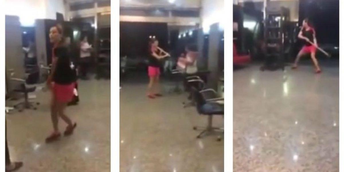 Un mal día: mujer destroza salón de belleza porque no le gustó su peinado