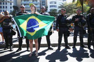 Uno de los vitoreados en las manifestaciones fue Sergio Moro, juez encargado de la investigación de corrupción de Petrobras Foto:Getty Images. Imagen Por: