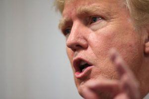 """Sobre el acuerdo nuclear que Estados Unidos y otras potencias mundiales lograron con Irán, Trump declaró: """"Parecemos mendigos. Damos la impresión de estar allí sentados mendigando"""". """"Me encanta la idea de un acuerdo, pero no era un acuerdo bien negociado"""", comentó el magnate, para quien """"estábamos negociando desde la desesperación"""", agregó según el portal """"Sputnik News"""". Foto:Getty Images. Imagen Por:"""