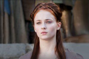 Sansa Stark con cuatro bebé pudo integrarse a la lista de personajes que inspiran a los papás. Foto:Vía HBO. Imagen Por: