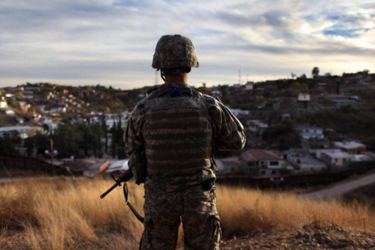 """""""Una nación sin fronteras no es una nación. Debe de haber un muro en la frontera sur (con México)"""", explicó Trump. Foto:Getty Images. Imagen Por:"""