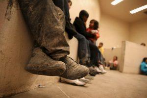 """""""La administración de Obama liberó a 76 mil """"aliens"""" (nombre con el que se le llama a los migrantes) de custodia desde el año 2013. Todos los """"aliens"""" criminales deben regresar a sus países"""". Foto:Getty Images. Imagen Por:"""