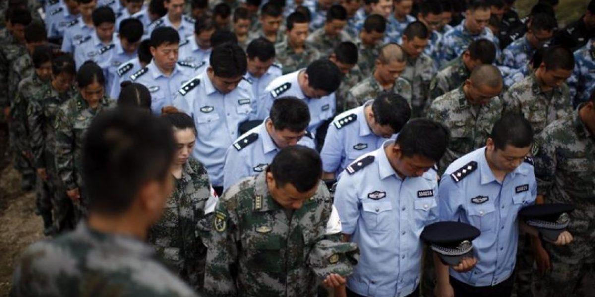 Tianjin intenta controlar residuos químicos una semana después de explosión