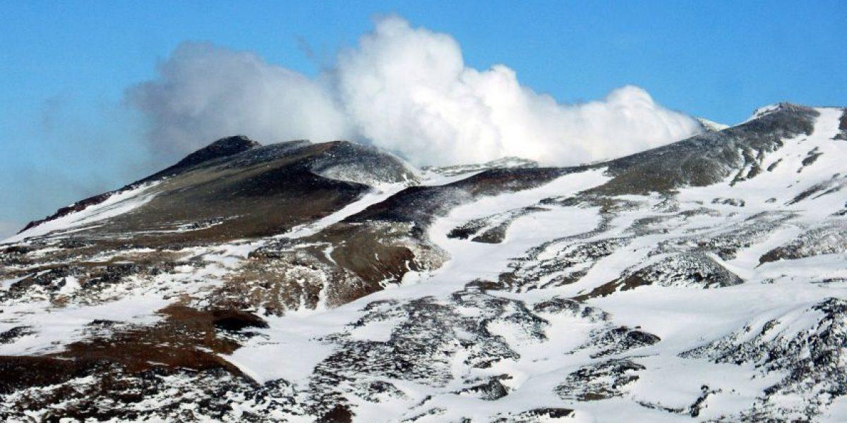 Reportan enjambre sísmico en volcán Copahue