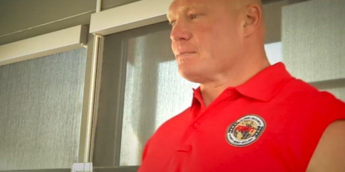 ¿Hola, Suplex City? Brock Lesnar se transformó en guardia de seguridad