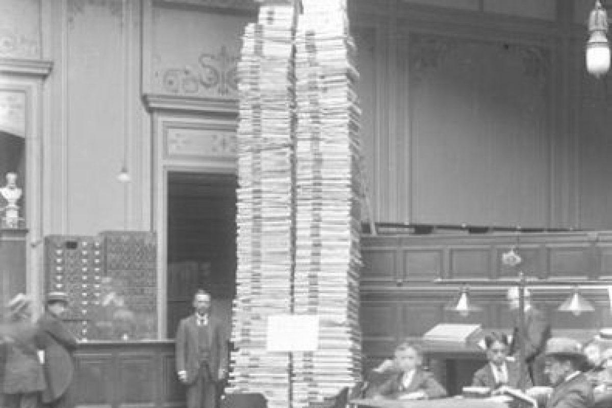 La Prensa Periódica, hacia 1900 Foto:Memoriachilena. Imagen Por: