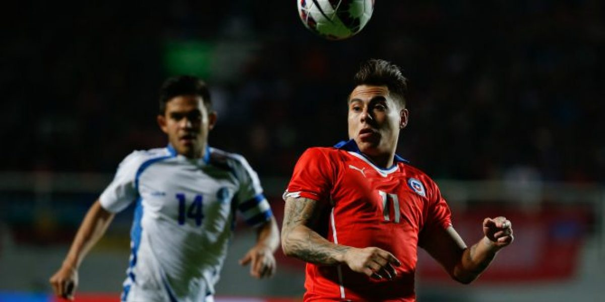 Vargas viajó a Italia a negociar con Napoli su próximo destino