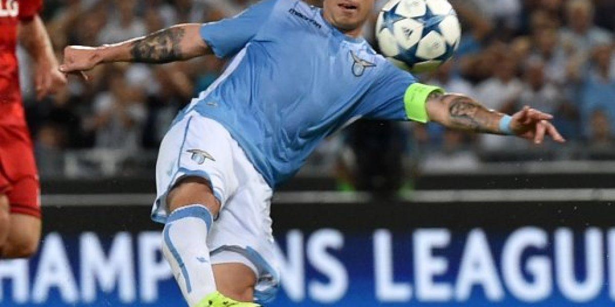 Con tres chilenos: El 11 ideal de futbolistas latinos en la Serie A