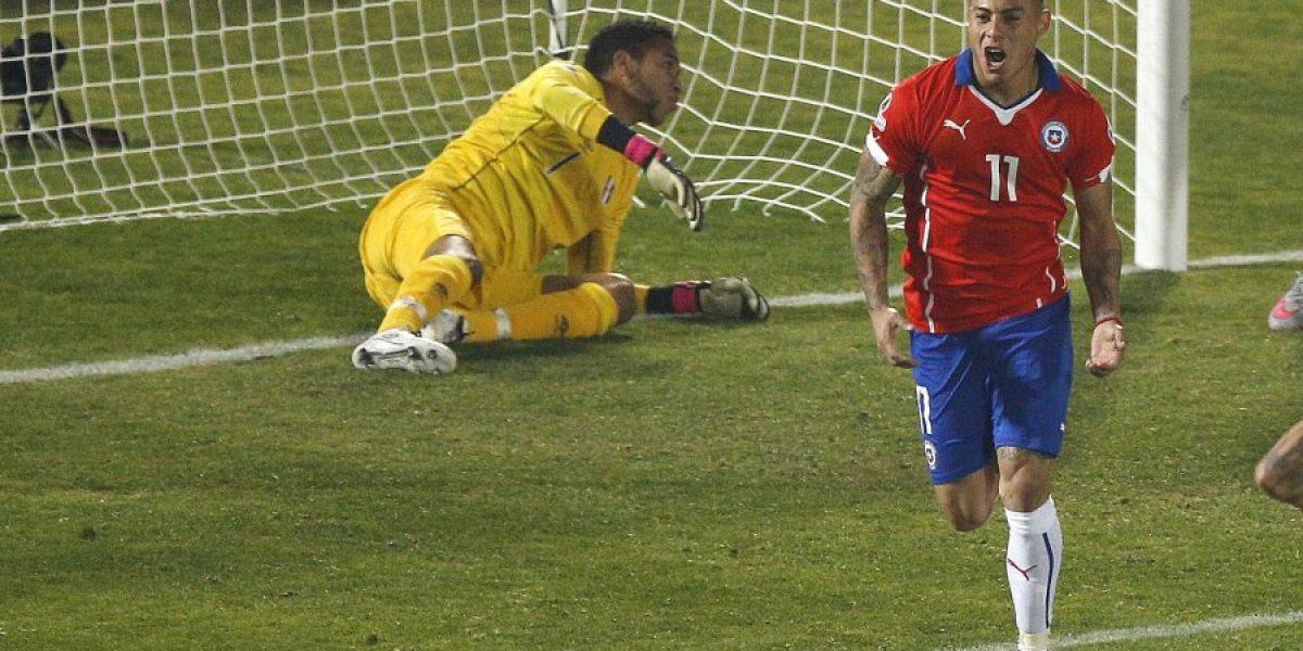 Napoli busca vender a Vargas: