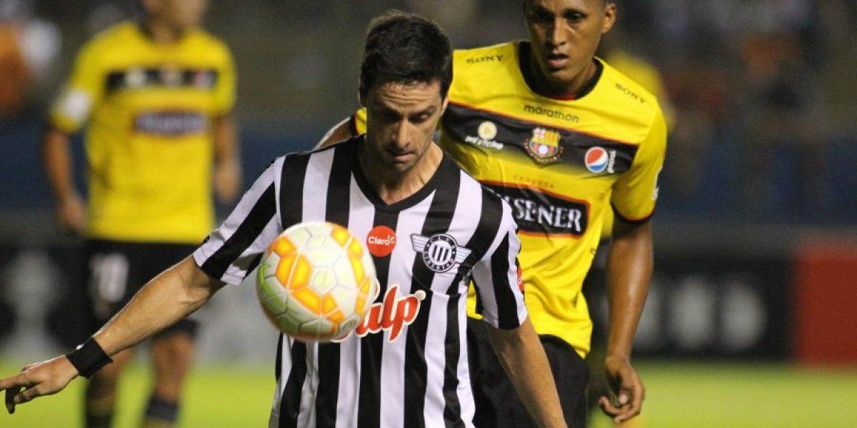 Ex Colo Colo extendió su liderato como goleador histórico de la Sudamericana