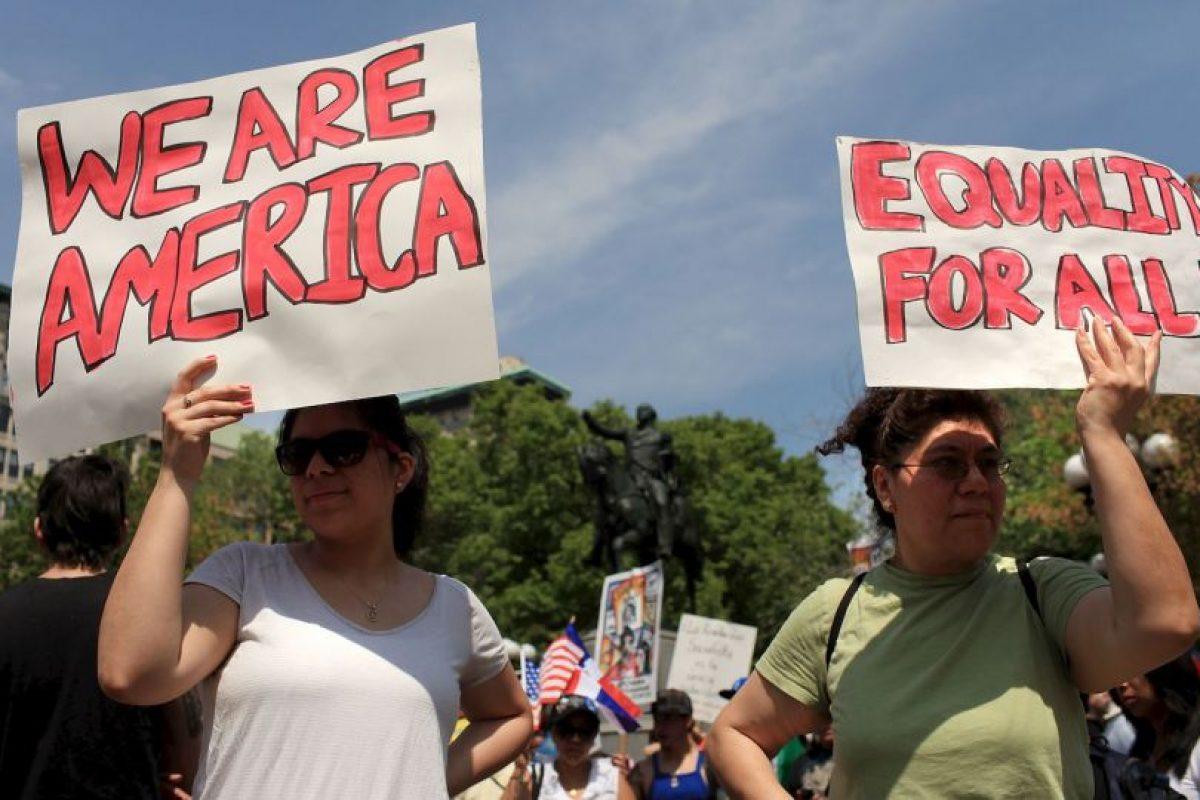 """""""Quienes quieran entrar a Estados Unidos deberán certificar que pueden pagar su propia vivienda, cuidados de salud y otras necesidades básicas antes de llegar al país"""". Foto:Getty Images. Imagen Por:"""