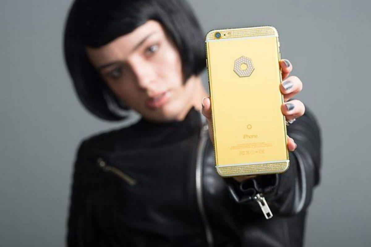 """La empresa se especializa en """"enchular"""" gadgets cotidianos Foto:Brikk. Imagen Por:"""