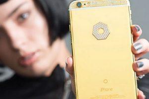 Pueden hacer una edición de lujo de cámaras Nikkon, el Apple Watch o un iPhone Foto:Brikk. Imagen Por: