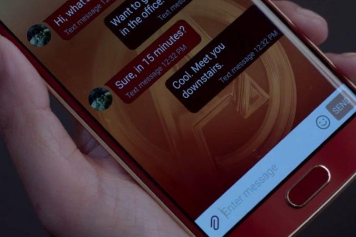 Cuenta con una pantalla AMOLED de 5.1 pulgadas. Foto:Samsung. Imagen Por: