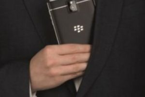 BlackBerry Passport. Foto: BlackBerry. Imagen Por: