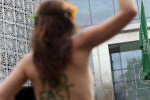 Feministas del mundo protestas en topless en diferentes temáticas Foto:Getty Images. Imagen Por: