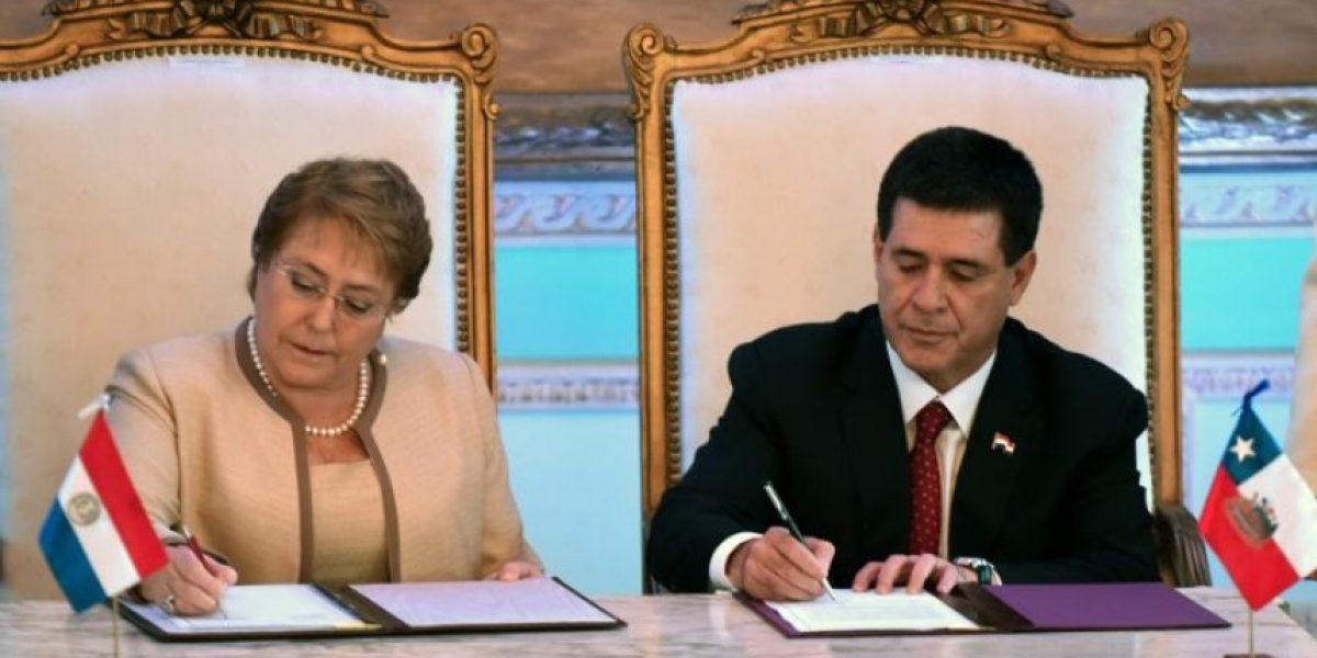 Bachelet y Cartes acuerdan construir tramo paraguayo de corredor bioceánico