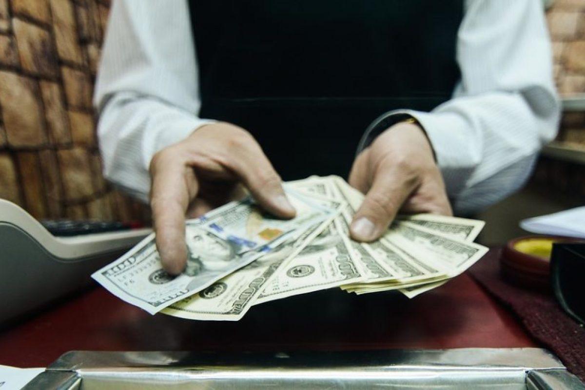 Respuesta: b) Estuvo a punto de alcanzarla. Le faltaron $6 pues se estableció en $694 vendedor y $693,70 comprador Foto:Agencia Uno. Imagen Por: