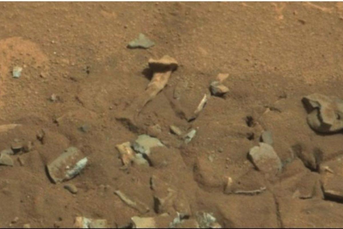 Se descubrió en agosto de 2014 Foto: Foto original en http://mars.jpl.nasa.gov/msl-raw-images/msss/00719/mcam/0719MR0030550060402769E01_DXXX.jpg. Imagen Por:
