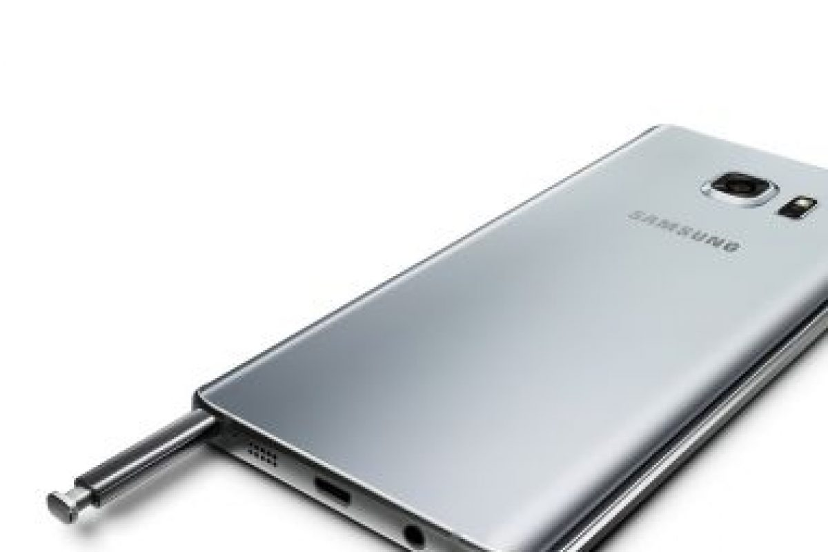 Peso: 171 gramos. Foto:Samsung. Imagen Por: