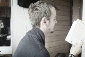 Victor Miron, es un fanático de la lectura, que inició la propuesta. Foto:facebook.com/miron.victor. Imagen Por: